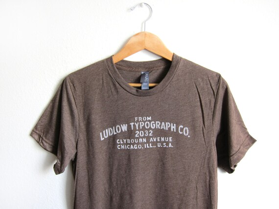 Unisex Vintage Style Ludlow Typograph Hand Stenciled T-Shirt - Heather Brown - XS S M L XL XXL