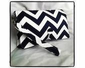 Diaper Wipe Clutch WRISTLET - Navy Blue & White Chevron- ZigZag  Organize your Diaper Bag