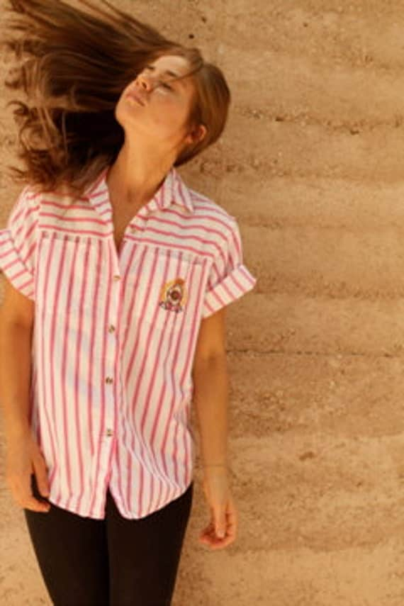 PINK & white VERTICAL striped 80s 90s nautical CREST preppy button up
