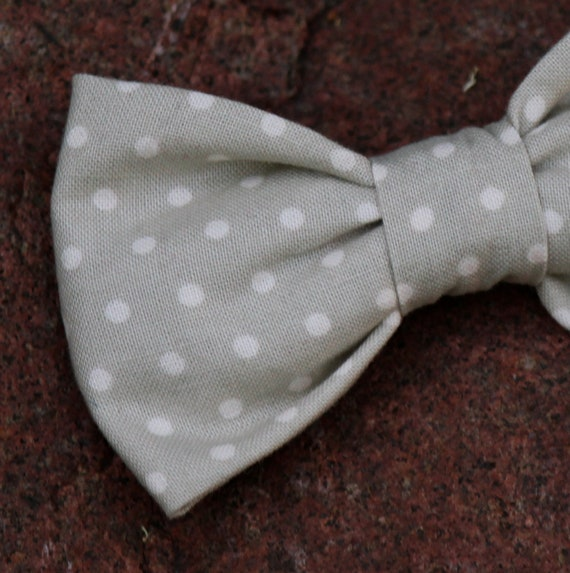 Bow Tie in Soft Gray and Cream Dots - clip on, pre-tied with strap, or self tying