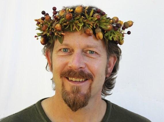 Acorn Man Wreath - Autumn Mustard and Bronze Acorn with Deep Rust Berries. For Him, Guys, Groom, Greek God, September