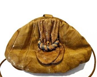 Viva of California 1980s Vintage Camel/Tan Colored Leather Shoulder Bag