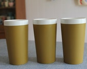 Vintage Set of 3 Avocado Green and White Melmac Tumblers Genuine Accalac NICE