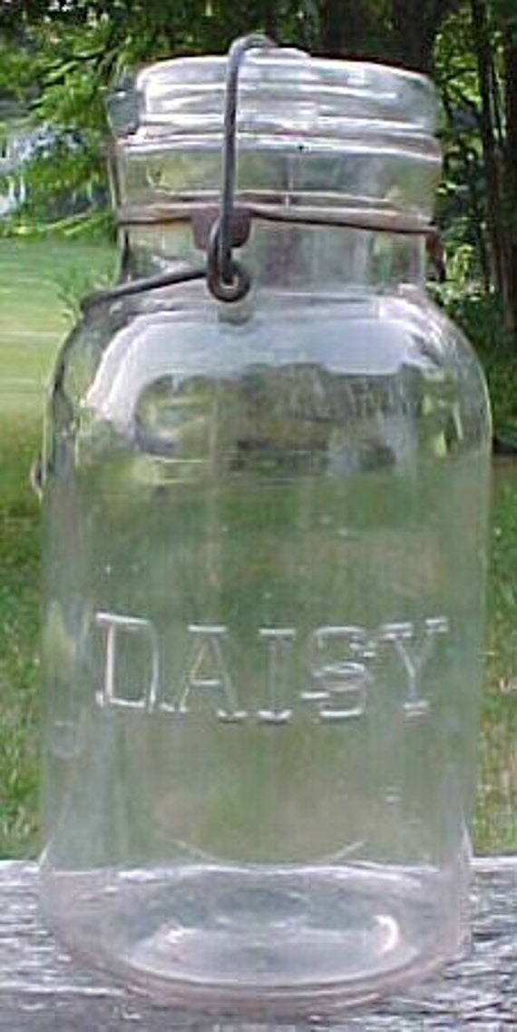c1915 DAISY in Slug Plate ,Quart Size Canning Fruit Jar