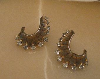 SALE Vintage Avon Rhinestone Earrings