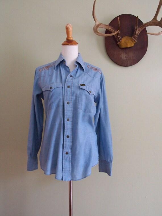 Vintage Wrangler Chambray Shirt  //  Denim Western Shirt Small