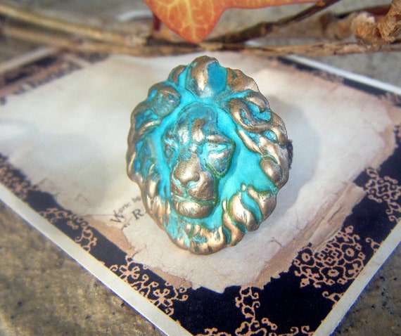 The Lion Ring