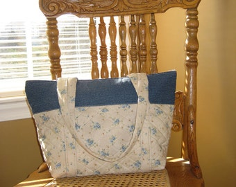 Everyday Pretty Blue Roses Cotton Purse with zipper