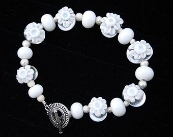Winter White Blooming Daisy Lampworking Toggle Bracelet