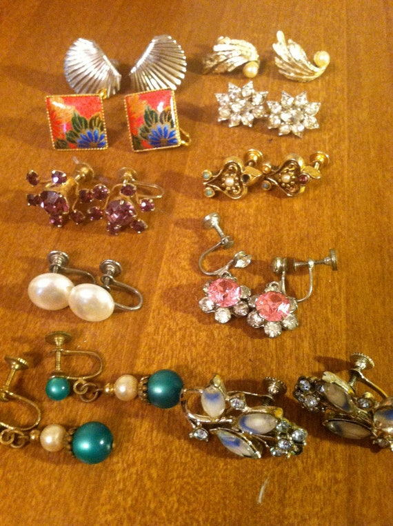 Vintage Fashion Jewelry Screw back Earring Collection