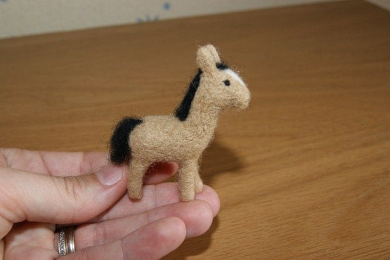 Felted horse, felt toy, needle felted horse, horse toy, natural wool gift, brown horse, horse miniature