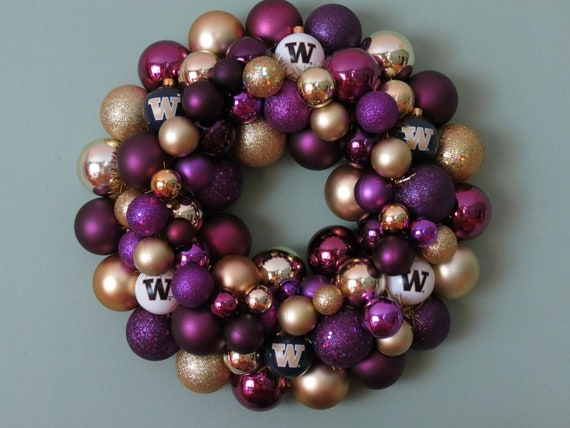 WASHINGTON HUSKIES Ornament Wreath- RESERVED Gina