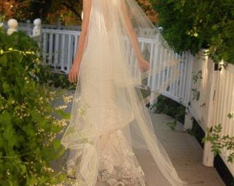 Cathedral Wedding Veil - Drop Veil  With Sheer Organza Ribbon Edge - Simple Wedding Veil - Champagne Veil- Naples