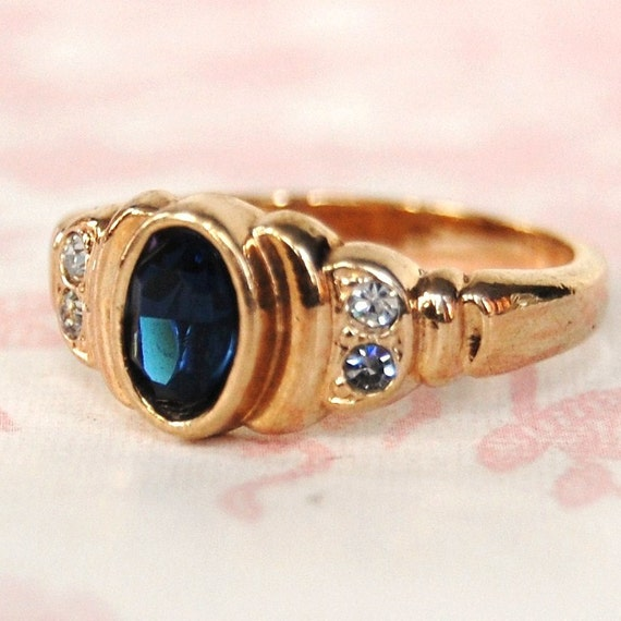 Vintage Sapphire and Rhinestone Ring by Avon Size 6