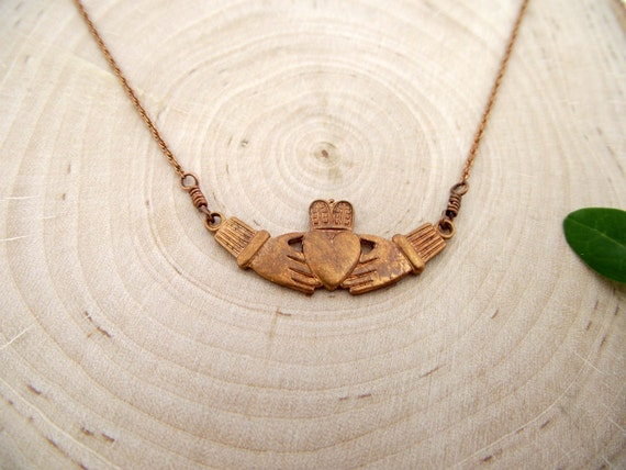 claddagh necklace - vintage gingerbread red brass charm and rope chain