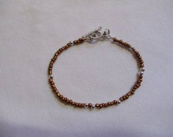 "6 1/4"" Beaded Bronze and Silver Bracelet"