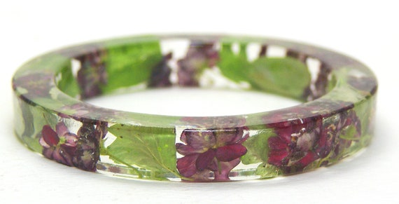 Resin Bangle-Flower Jewelry-Green Bracelet-Flower Bangle-Jewelry with Real Flowers-Green Jewelry-Green Leaves-Pink Bracelet-Pink Jewelry