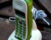 Vintage Green Hippie Flower Power Working Telephone