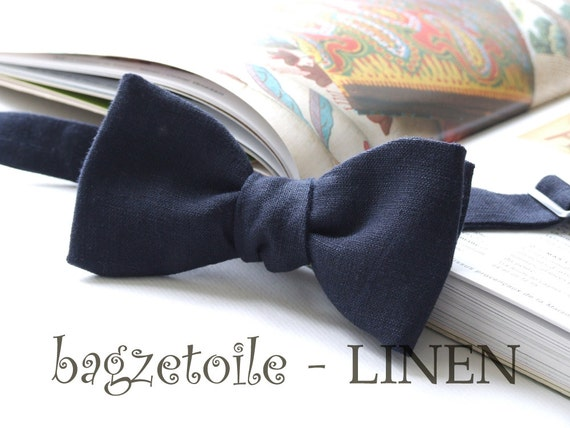 Linen Bow Tie, midnight blue, freestyle bowtie, self tie, for men, adjustable bowtie - hand made by Bagzetoile - ships worldwide