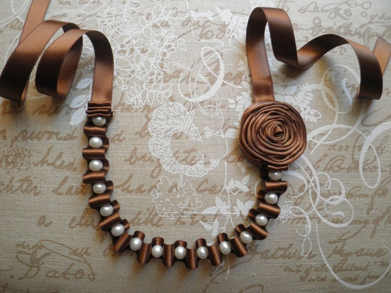 Ribbon necklace, with pearls and flower - Brown necklace with white glass pearls and flower