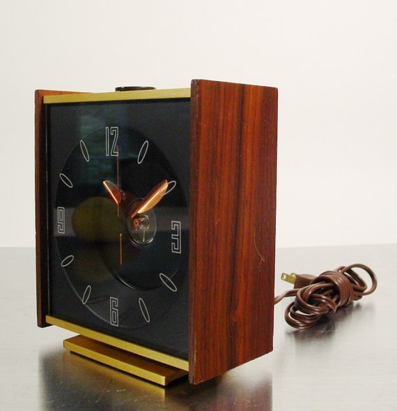 Midcentury Modern Ceiling Projection Table Clock.  Desk or Mantle clock.  1960s decor.