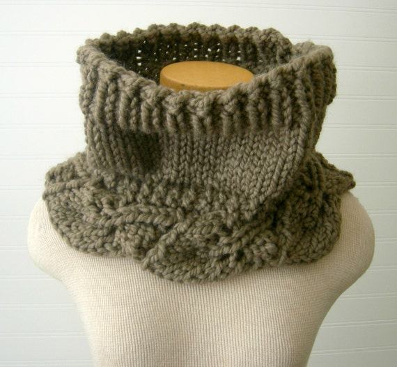 Items similar to Chunky Knit Cowl, Vintage Khaki Taupe, Leaf Pattern on Etsy