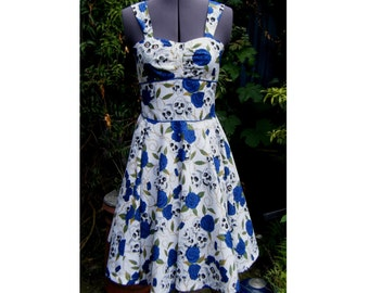 rockabilly dress skulls blue roses print 50s dress with full circle skirt