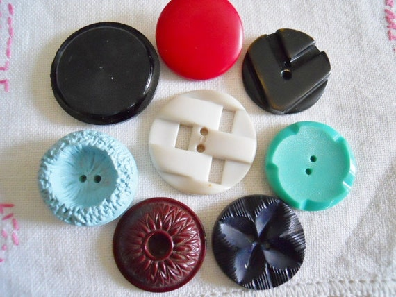 Large Vintage Plastic Buttons For Crafting