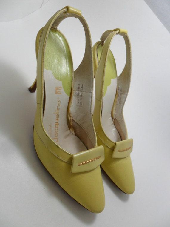 Vintage Shoes / Pumps Butter Yellow Designer Jacqueline Originals T-Back Slingback Shoe Clip 1950s 60s Art Deco Retro Size 7