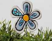 flower garden art - plant stake - flower sculpture - garden decor - garden ornament  - Daisy