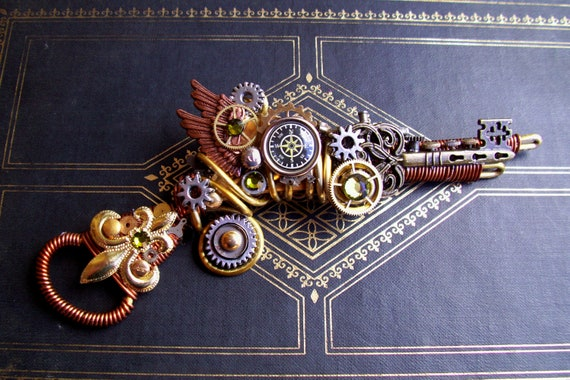 RESERVED for DirtySquall - Steampunk Pin (RG20) - Brooch - Ray Gun - Retro Futuristic Design - Sculpture - Swarovski Crystals