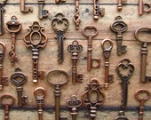 The Brianne Collection - Skeleton Key Charm Assortment in COPPER - DOUBLE Set of 64 Keys - SET No. 4