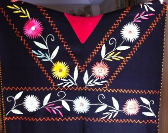Vintage Mexican poncho bright colors embroidery