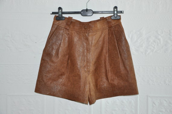 Vintage Leather shorts by Krizia Italy, high waisted with pleats, sz 6-8