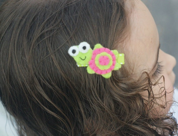 Adorable Turtle Hair Clip - Meet Miss Tatelyn