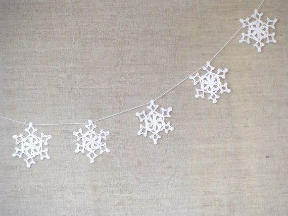 Wedding Garland - Christmas decoration - White Lace garland, wedding garland, wedding decor, christmas garland
