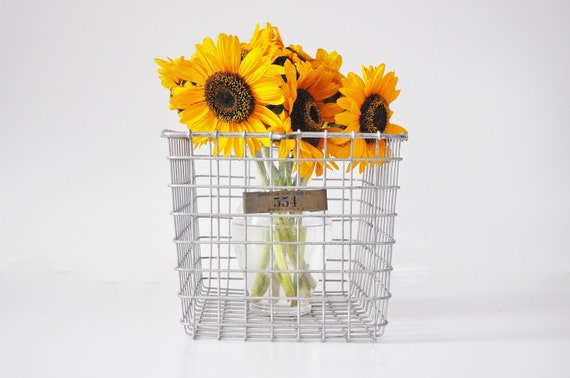 Black Friday-Cyber Monday Sale - Vintage Locker Basket