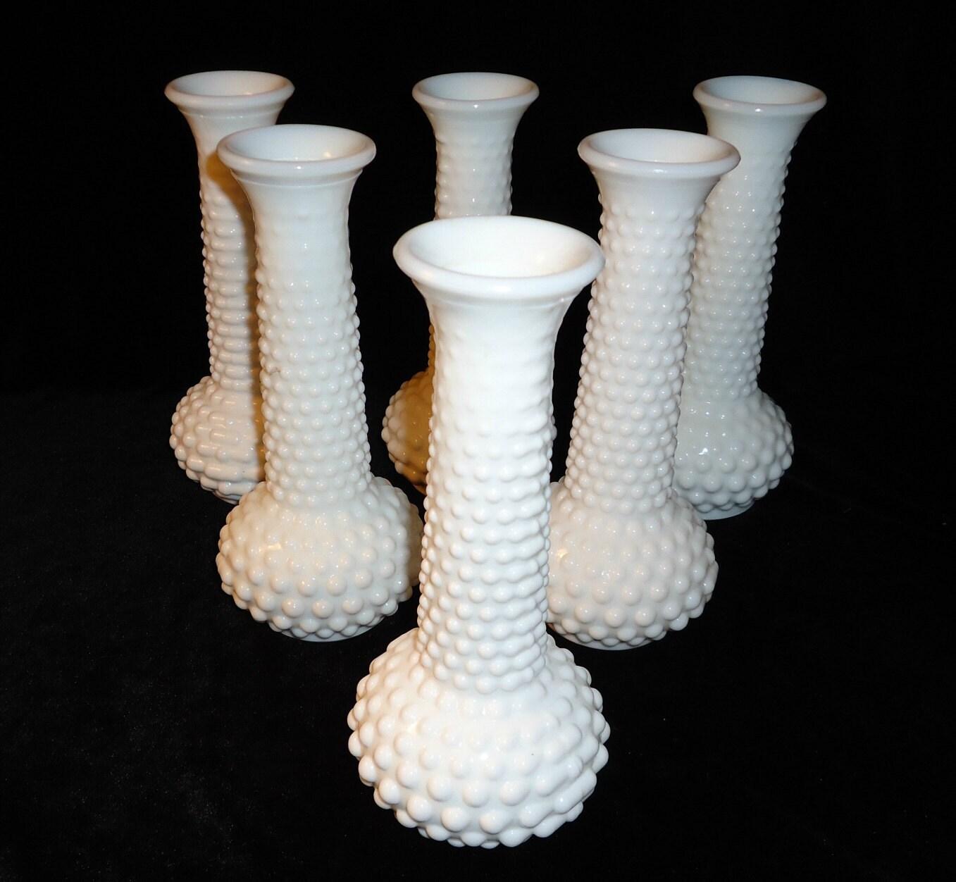 milk glass vase vintage hobnail vases collection of milk glass. Black Bedroom Furniture Sets. Home Design Ideas