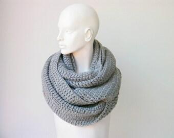 Chunky crochet scarf, big crochet scarf /grey chunky scarf cowl scarf