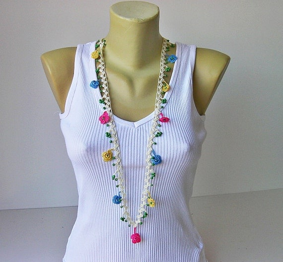 Crochet jewelry/crochet pendant / crochet necklace/ with beads