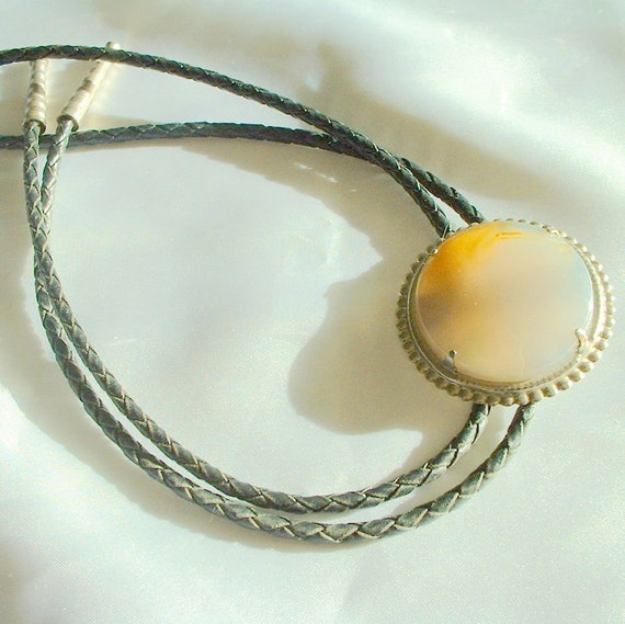 Vintage Agate Western Bolo Tie