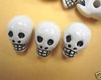 New 10 Ceramic Skull Shaped Gothic  Beads