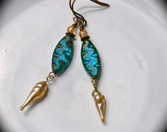 Vintage Seashell Charm Earrings