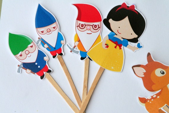 Snow White and the 7 Dwarfs Cupcake Toppers Set of 12