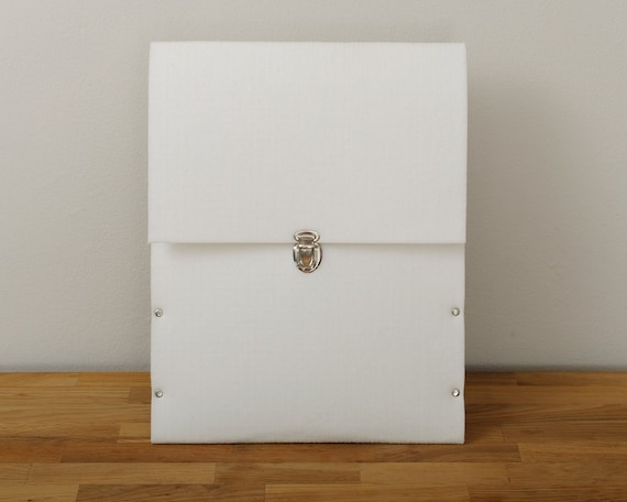 MacBook Air 13 Sleeve, MacBook 13 Air Case, MacBook 13 Cover, white synthetic felt briefcase handmade by SleeWay