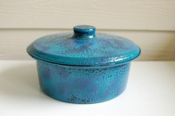 Vintage Mid Century Enamel on Steel HANOVA Turquoise covered Casserole Lava Brutalist