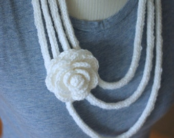 White Knit Flower Necklace with Crochet Flower