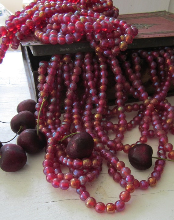 One Strand 10mm Beautiful Red  Iridesent  Vintage Glass Bead