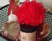 Tantalizing  Champagne 5 Piece Gift Basket