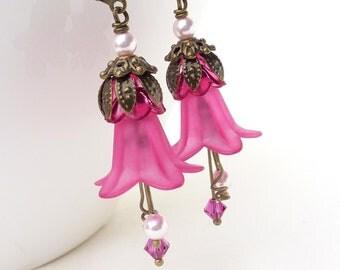 Bright pink lucite flower earrings, pink flower earrings, hot pink flower dangle earrings, beaded jewelry